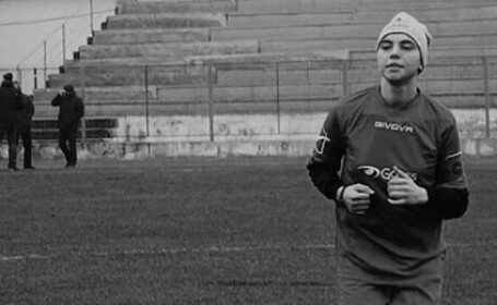 O jucătoare de fotbal a murit la doar 21 de ani. Este al treilea deces din fotbalul feminin românesc din ultimele luni