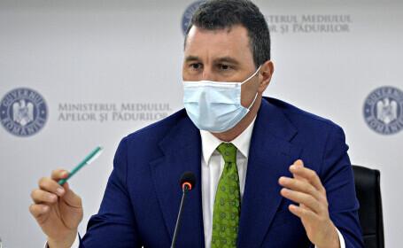 Ministrul Mediului a anunțat controale în zonele cu arderi de deșeuri. A spus însă și de când