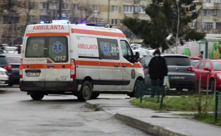 O femeie din Maramureș a fost înjunghiată în somn de soțul gelos, care apoi a încercat să se sinucidă