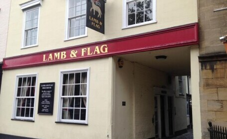 Un pub vechi de 450 de ani se va închide din cauza coronavirusului, deși a trecut peste ciuma bubonică. Care este explicația