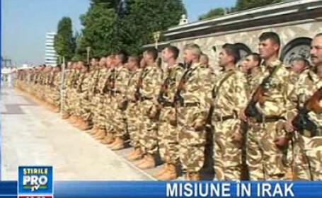 Soldaţii şi-au luat rămas bun de la cei dragi