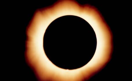 Astrologii indieni: Eclipsa solara aduce ghinion, feriti-va!