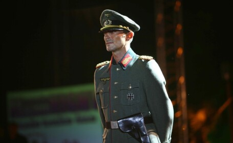 Radu Mazare, cercetat de procurori pentru arborarea de insemne naziste!