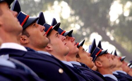 6.800 de politisti, jandarmi si pompieri asigura ordinea de 1 Decembrie