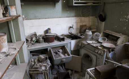 Aici, timpul nu mai exista. Fotografii incredibile din orasul parasit de oameni acum 40 de ani