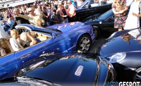 FOTO. Autoturisme Mercedes, Porsche, Ferarri si Aston Martin, lovite de Bentley-ul unei blonde