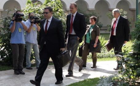Negocierile dintre autoritati si reprezentantii FMI si ai Comisiei Europene, aproape de final