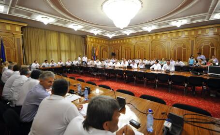 Reactiile liderilor PDL la decizia CCR. \