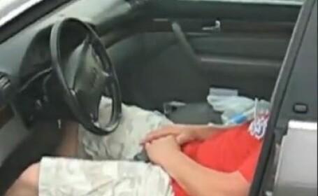 Cum sa iti omori masina in 126 de secunde: A adormit in parcare iar cand s-a trezit era dauna totala