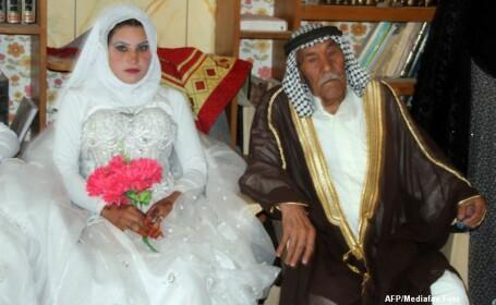 Un fermier din Irak in varsta de 92 de ani s-a casatorit cu o femeie de 22 de ani. FOTO