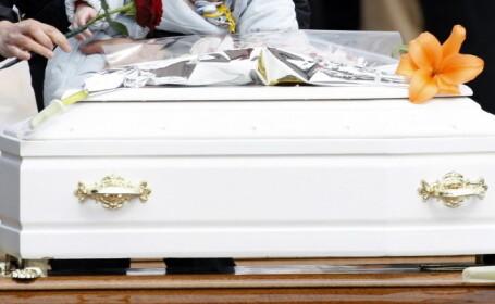 O fetita care a murit la nastere \
