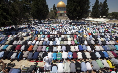 Ramadan, Ierusalim, musulmani se roaga - 6