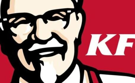Noua strategie KFC. Motivul pentru care compania ar putea renunta definitiv la imaginea col. Sanders