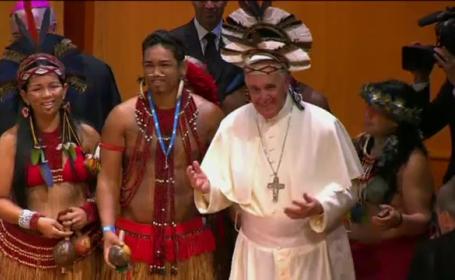 Papa, primit cu cel mai mare flashmob din istorie. Vizita in Brazilia e ca un \