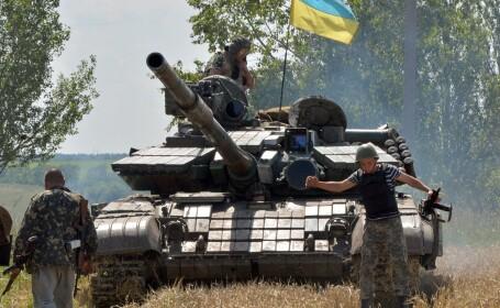 Criza in Ucraina. Kievul dezminte ca ar fi la originea unui tir cu obuze soldat cu un mort in Rusia
