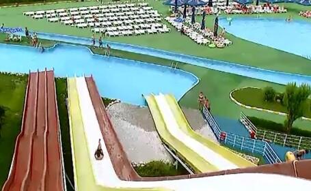Parcurile acvatice, varianta perfecta pentru romanii care nu ajung la mare. Cat platiti pentru o baie in piscina