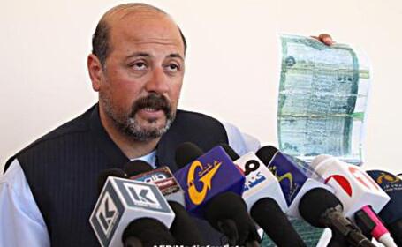 Un var al presedintelui Afganistanului a fost asasinat de un kamikaze care si-a detonat bombele din turban