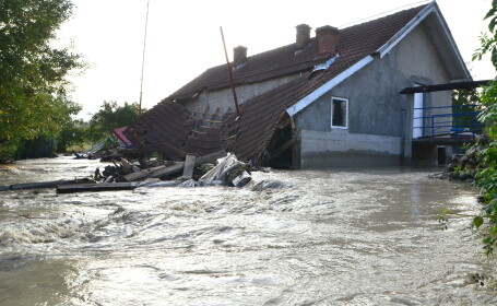 COD GALBEN de inundatii in Maramures, Salaj si Bistrita-Nasaud pana duminica seara
