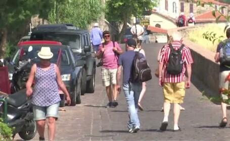 Cum se resimte criza elena in randul turistilor. Povestile romanilor aflati in aceste momente in Grecia