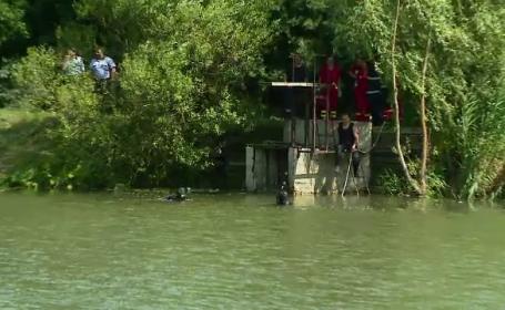 Un adolescent de 16 ani din Cluj a murit inecat, dupa ce a cosit toata ziua. Tanarul voia sa se racoreasca