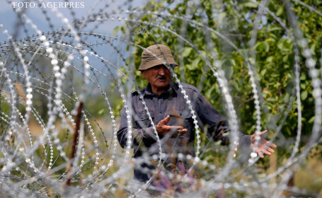 gard de sarma ghimpata la granita intre Rusia si Georgia FOTO AGERPRES