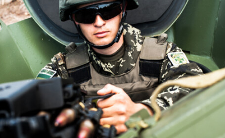 Ucraina si Transnistria mobilizeaza mii de soldati la granita. Kremlinul sugereaza ca Romania s-ar putea implica in conflict