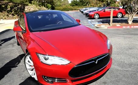 Primul accident mortal cu o masina electrica Tesla aflata pe pilot automat. Ce ar fi facut soferul in momentul impactului