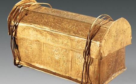caseta in care se afla un os al lui Buddha