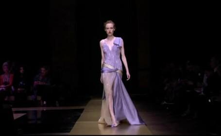 Contrast puternic intre colectiile Dior si Versace pentru sezonul rece. Pe ce au mizat cele doua case de moda