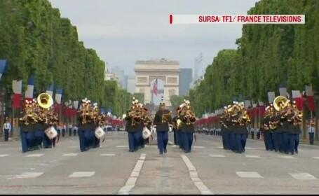 Parada militara grandioasa in Paris, de Ziua Nationala a Frantei. Omagiul adus celor care s-au inrolat in armata