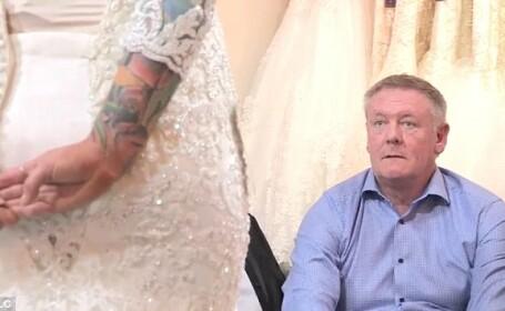 O tanara si-a ascuns tatuajul pana in apropierea nuntii. Cum a reactionat tatal ei cand l-a vazut
