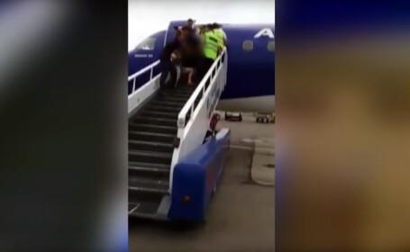 Moldoveni beti in avion