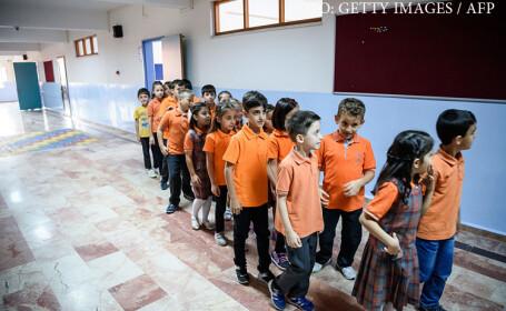 Turcia scoate evolutia din programa scolara. In schimb, elevii vor invata despre jihad, \