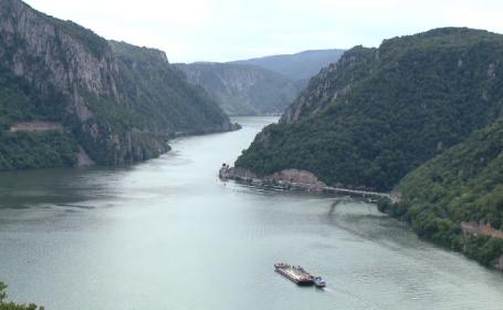 Cum au reusit vecinii sarbi sa transforme malul Dunarii intr-o destinatie de vacanta de vis. Unde greseste Romania