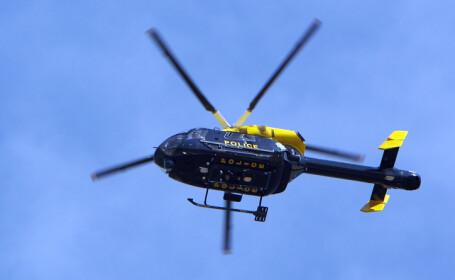 Un politist britanic a folosit elicopterul de serviciu ca sa-si filmeze prietenii din aer. Ce \