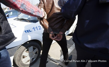 Un barbat din Constanta si-a stropit fosta concubina cu benzina si i-a dat foc, dupa o cearta. In ce stare este victima