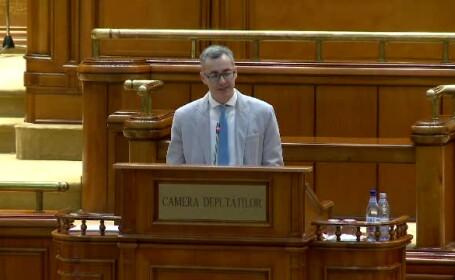 """Scandal în Parlament: """"Cu ce drept interzice PSD ca deputații aleși de cetățeni să aibă acces în plen?"""""""