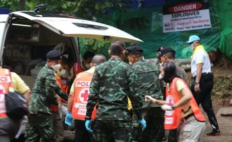 Operațiunea de salvare a copiilor blocați în peșteră, reluată peste 20 de ore. Cum se simt cei 8 salvați