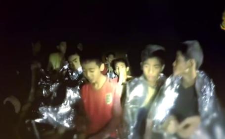 Operațiune de salvare reușită în Thailanda. Cei 12 băieți și antrenorul, scoși afară după 17 zile