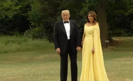 Donald și Melania Trump, întâmpinați de Theresa May, la prima vizită oficială în Marea Britanie