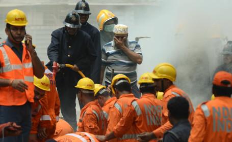 Cel puțin 3 morți, în urma prăbușirii unei clădiri în India. VIDEO