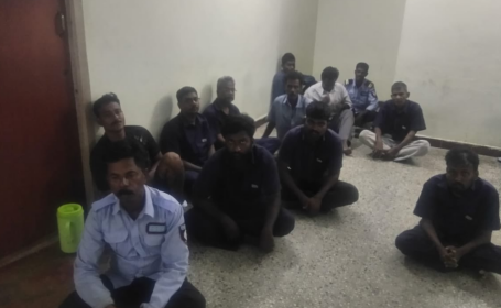 17 bărbați, condamnați pentru că au violat o fetiță timp de șapte luni