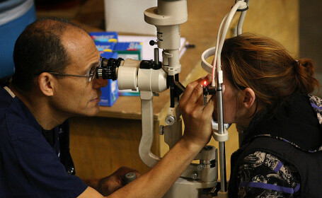 medic oftalmolog