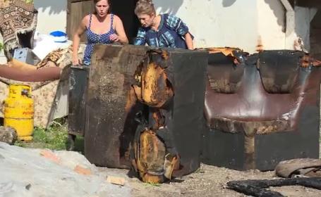O femeie din Bistriţa Năsăud a rămas pe drumuri, după ce casa ei a fost distrusă de un incendiu