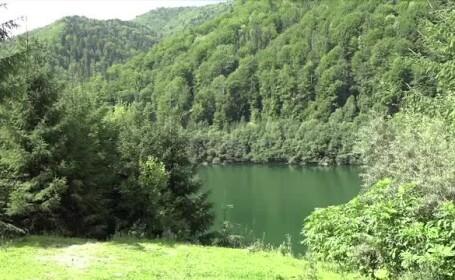 Descoperire înspăimântătoare făcută de un pescar, pe malul unui lac din Argeş