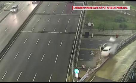 Momentul în care o mașină care rula cu 170 km/h cade de pe o autostradă suspendată