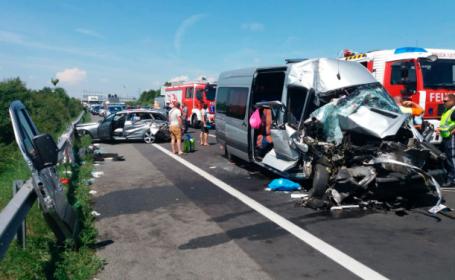 Microbuz cu români, implicat într-un grav accident în Austria: 8 victime. Reacția MAE