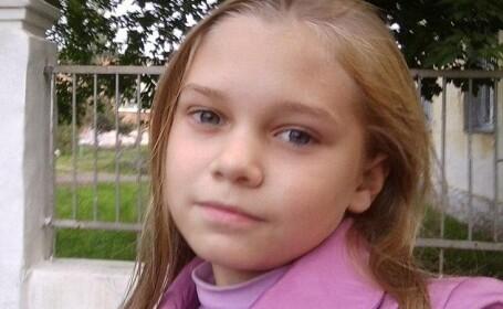 O fetiță de 14 ani a murit, după ce mama i-a interzis să mai mănânce pe motiv că este bolnavă