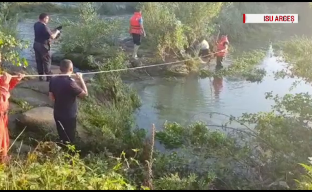 Operațiune de salvare a doi pescari, rămași blocați pe o insulă