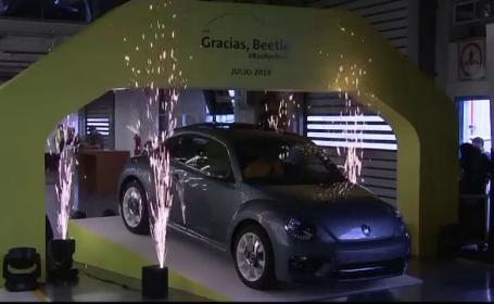 Ultimul Volkswagen Beetle produs la o fabrică din Mexic